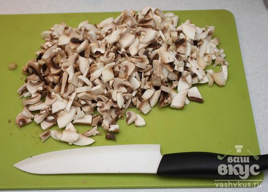 Паста с курицей и грибами
