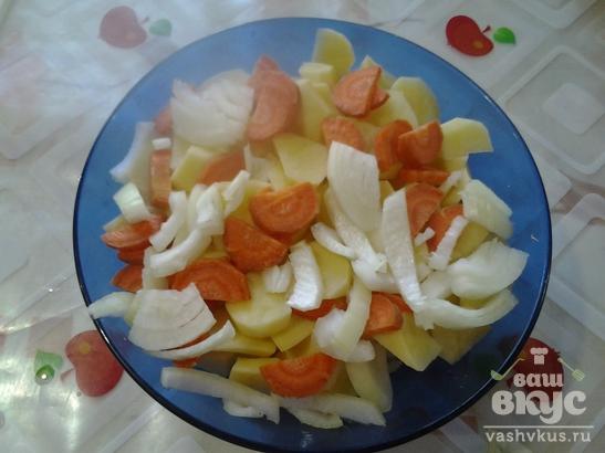 Бёдрышки куринные запечённые в фольге с яблоками