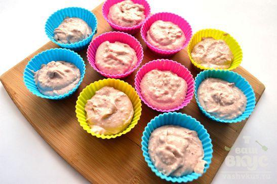 Ореховые кексы с клубникой