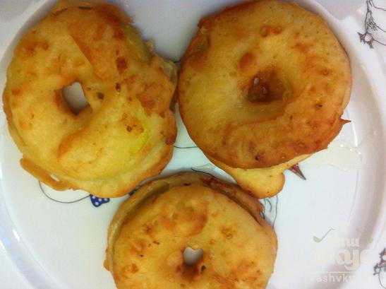 Фруктовые пирожные с яблочным джемом