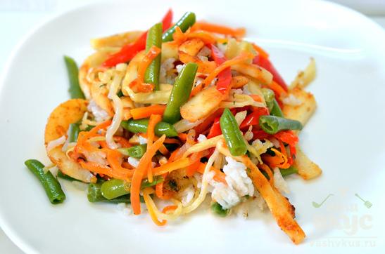 Рисовый салат с кальмаром