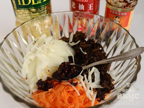 """Салат из пекинской капусты """"Юго-Восточная Азия"""""""