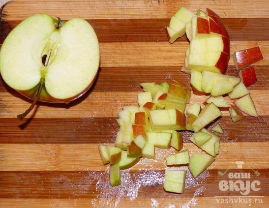 Утка, фаршированная гречневой кашей и яблоками