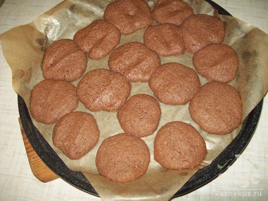 Песочное печенье шоколадное