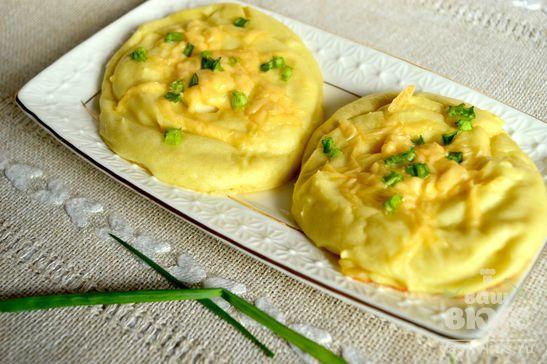 Картофельные зразы с перепелиным яйцом