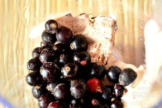 Десерт из  смородины
