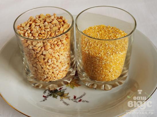 Кукурузно - гороховая каша с овощами