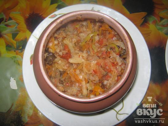 Кукурузная каша с овощами в горшочке