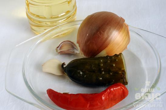 Макароны с фаршем и соленым огурцом по-сибирски