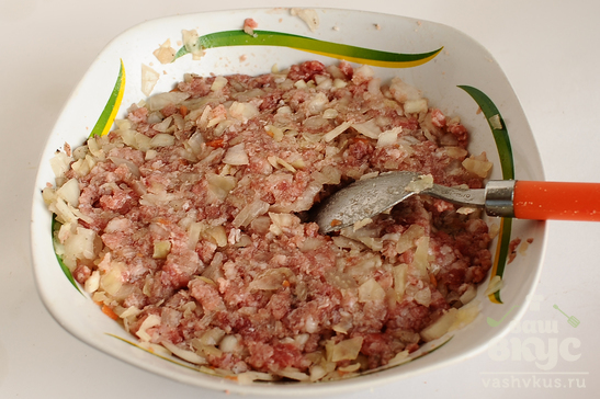 Манты - позы с мясом и квашеной капустой