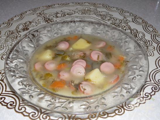 Суп с чечевицей и сосисками в мультиварке Delfa