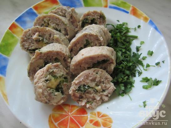 Куриные колбаски с сыром и зеленью