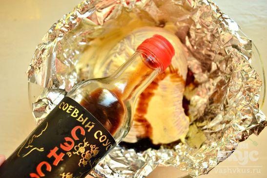 Куриный окорочок, запеченный в соевом соусе и майонезе