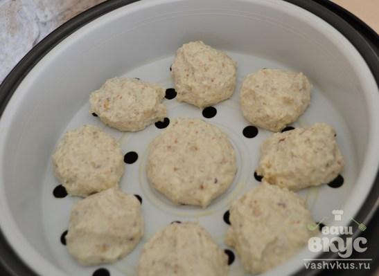 Ореховые сырники на пару в мультиварке