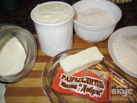 Восточный пирог из манки и кефира
