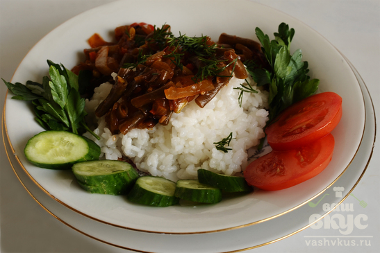 Белый рис с поджаркой из стручковой фасоли