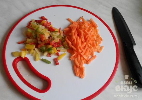 Гуляш из свинины по-венгерски с овощами