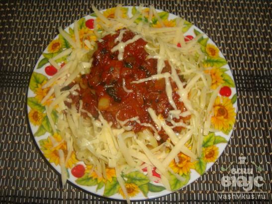 Спагетти с томатной пастой в мультиварке