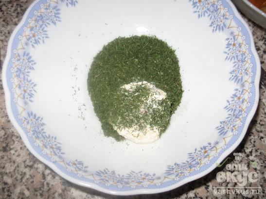 Сырные шарики с начинкой из грецкого ореха