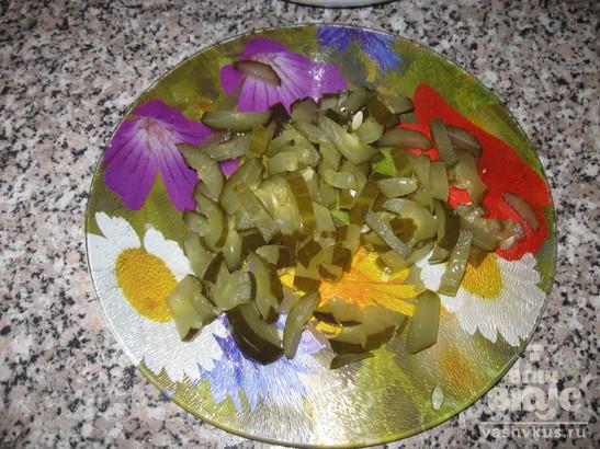 """Салат из кальмаров """"Праздничный"""""""