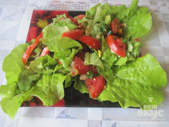 Салат из помидоров с маслом из виноградных косточек