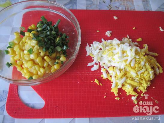 Закуска из жареных кабачков с кукурузой