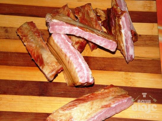 Чечевица со свиными копчеными ребрышками в мультиварке
