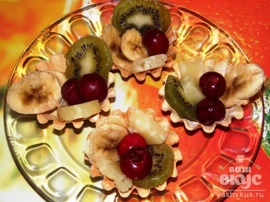 Сладкие тарталетки с ягодами и фруктами