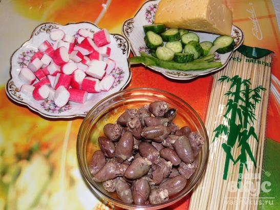 Закусочный шашлык из отварных куриных сердечек