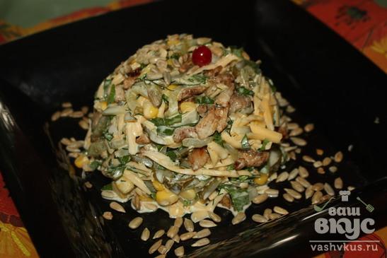 Мясной салат с сельдереем