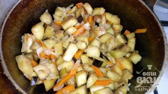 Рис тушеный с баклажанами