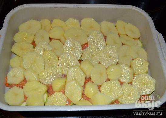 Запеканка с кабачками, картофелем и фаршем