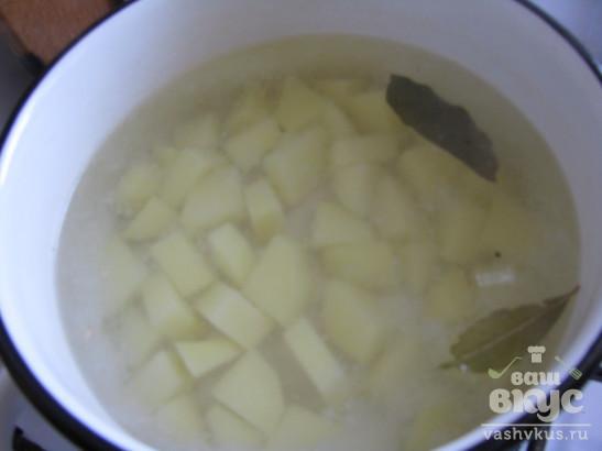 Суп - пюре из кабачка со сливками