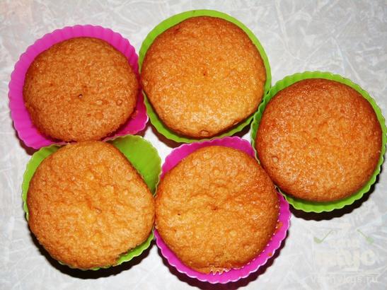 Кексы с абрикосовым джемом