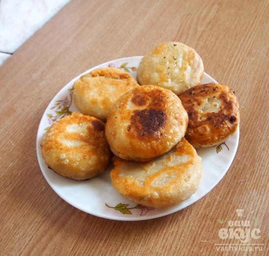 Пирожки-бомбочки с брынзой