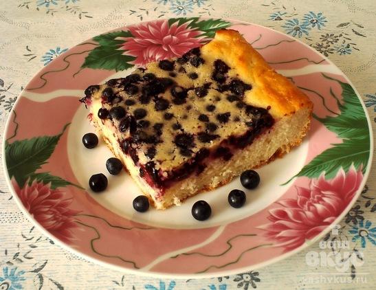 Наливной пирог с ягодами