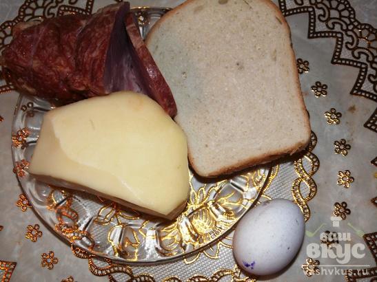 Тост с яйцом на сковороде