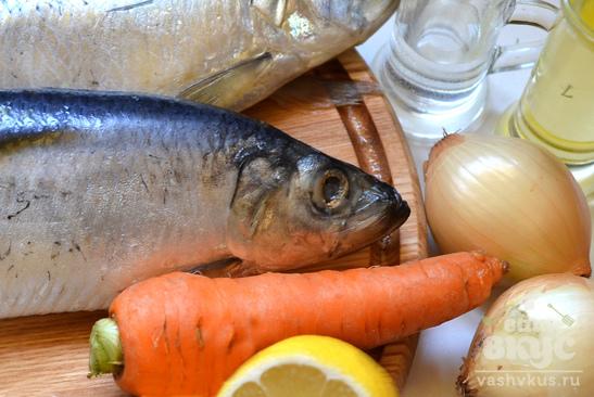 Маринованная сельдь с морковью