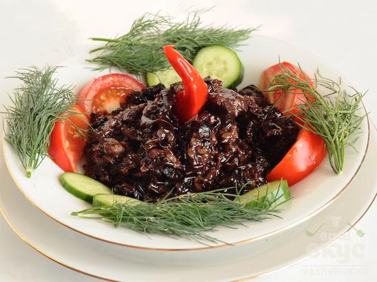 Свинина с грибами и черным рисом
