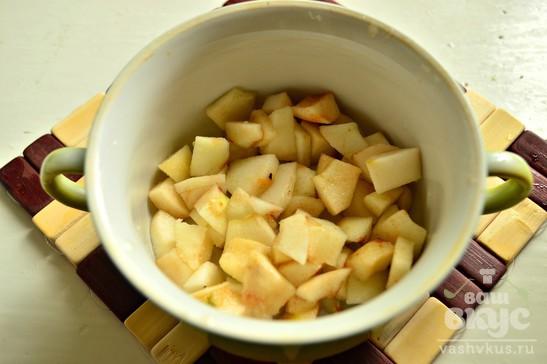 Яблоки, запеченные под штрейзелем