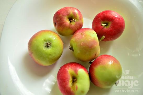 Яблоки с медом, запеченные в духовке