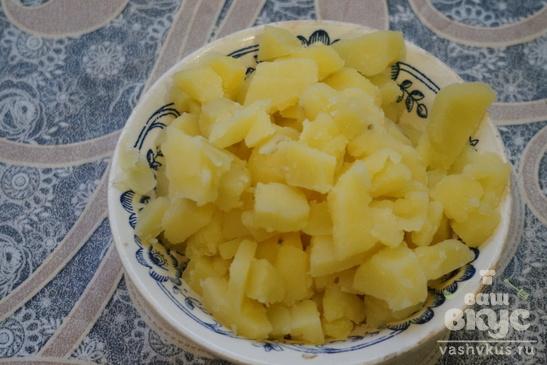 Конвертики из слоеного теста с картошкой, грибами и сыром