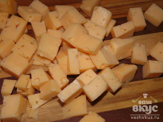 Салат из крабовых палочек, сыра и болгарского перца