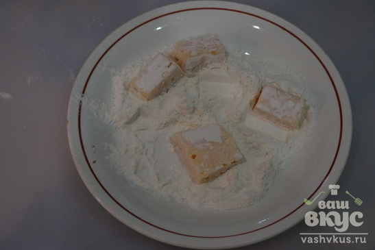 Закуска из сыра и бекона