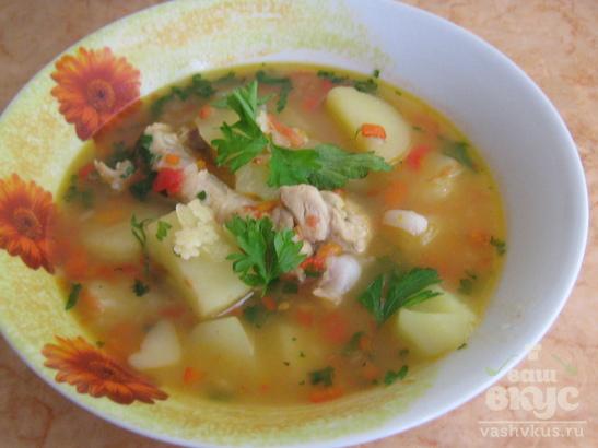 Куриный суп с болгарским перцем и помидорами