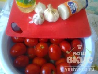 "Острая аджика из помидоров, чеснока и хрена "" Хренодёр"""