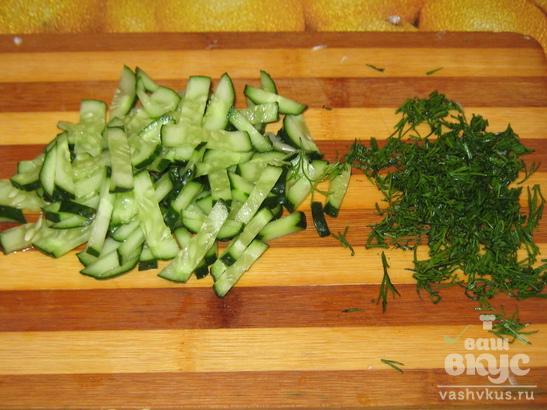 Салат из кукурузы, огурца и капусты