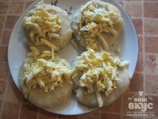 Картофельные зразы с яйцом и сыром