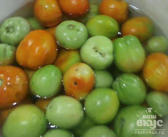 Острые зеленые помидоры на зиму