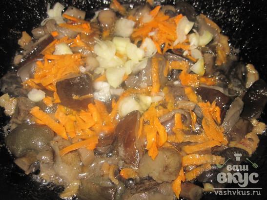 Жареные подберезовики с картофельным пюре